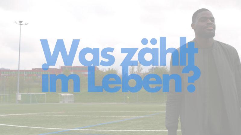 Kofi Schulz ist Profifußballer in der Schweiz